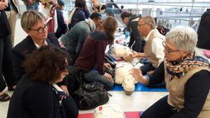 Apprenez le massage cardiaque